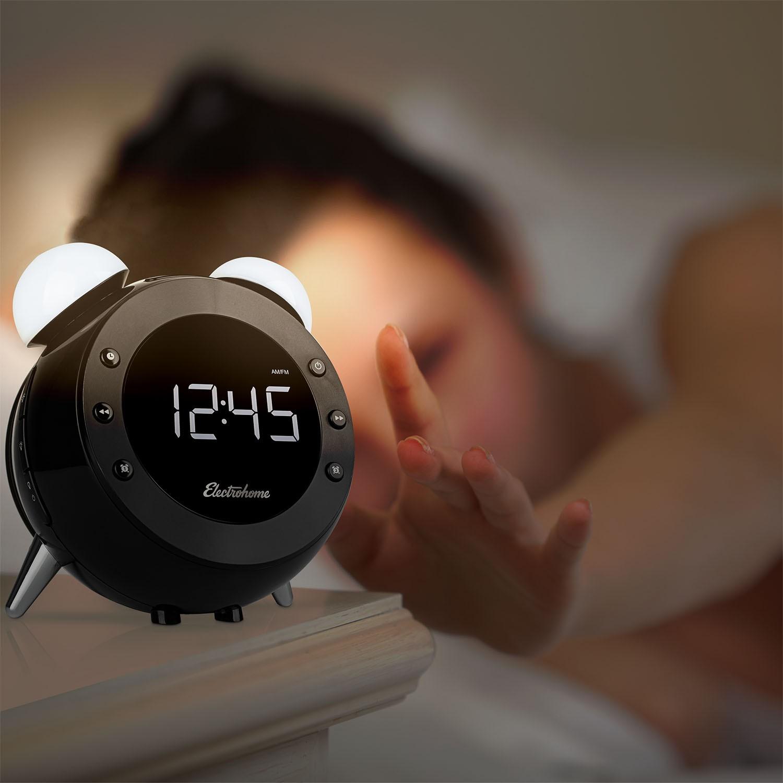 Captivating Electrohome Retro Alarm Clock Radio