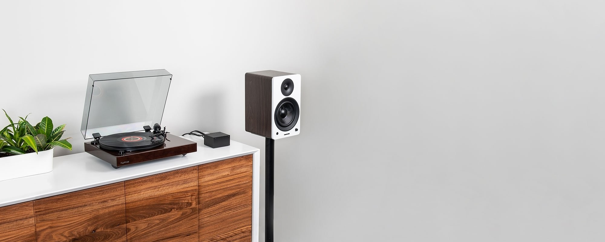 """Reference RT82 High Fidelity Vinyl Turntable with PA10 Phono Preamp and Ai61 Powered 6.5"""" Bookshelf Speakers - Lifestyle"""