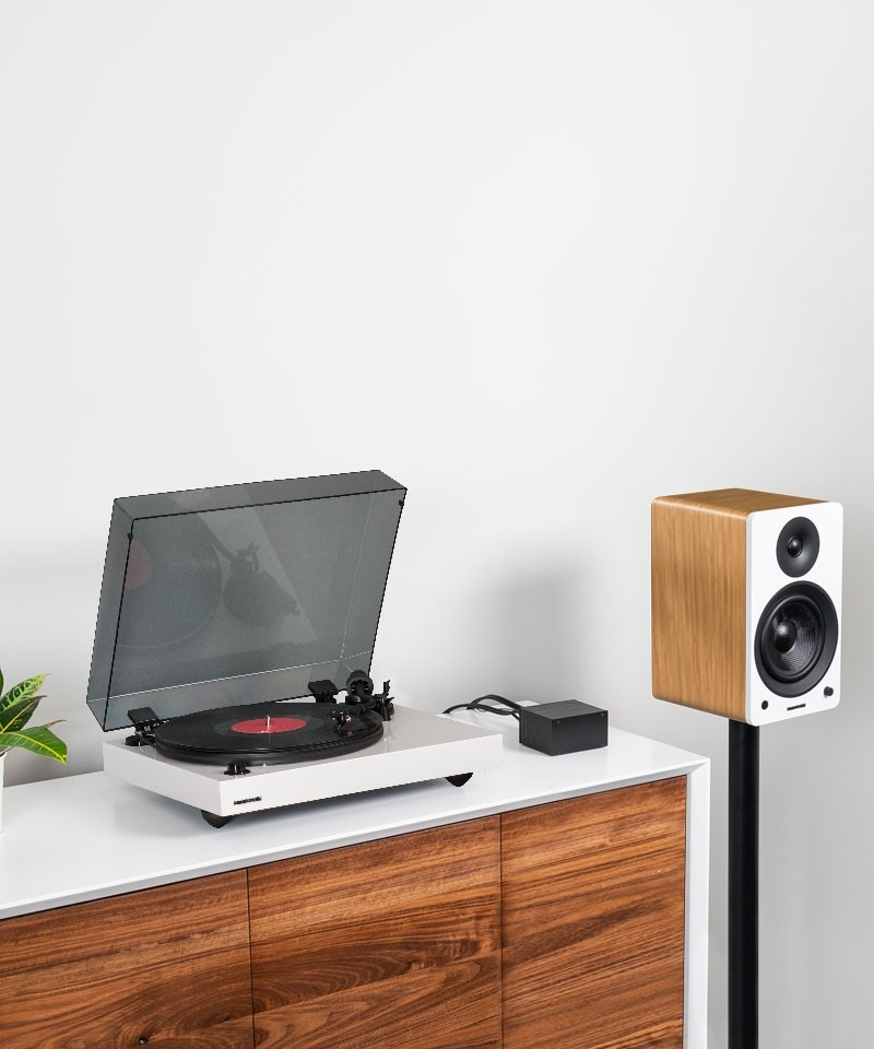 """Reference RT82 High Fidelity Vinyl Turntable with PA10 Phono Preamp and Ai61 Powered 6.5"""" Bookshelf Speakers - Lifestyle Mobile"""