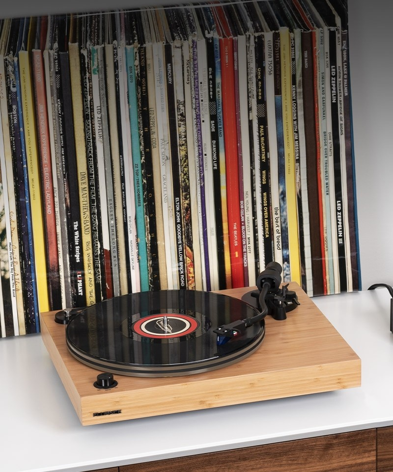RT85B Reference High Fidelity Vinyl Turntable - Life Style