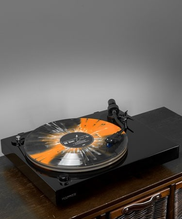 RT85T Reference High Fidelity Vinyl Turntable - Life Style