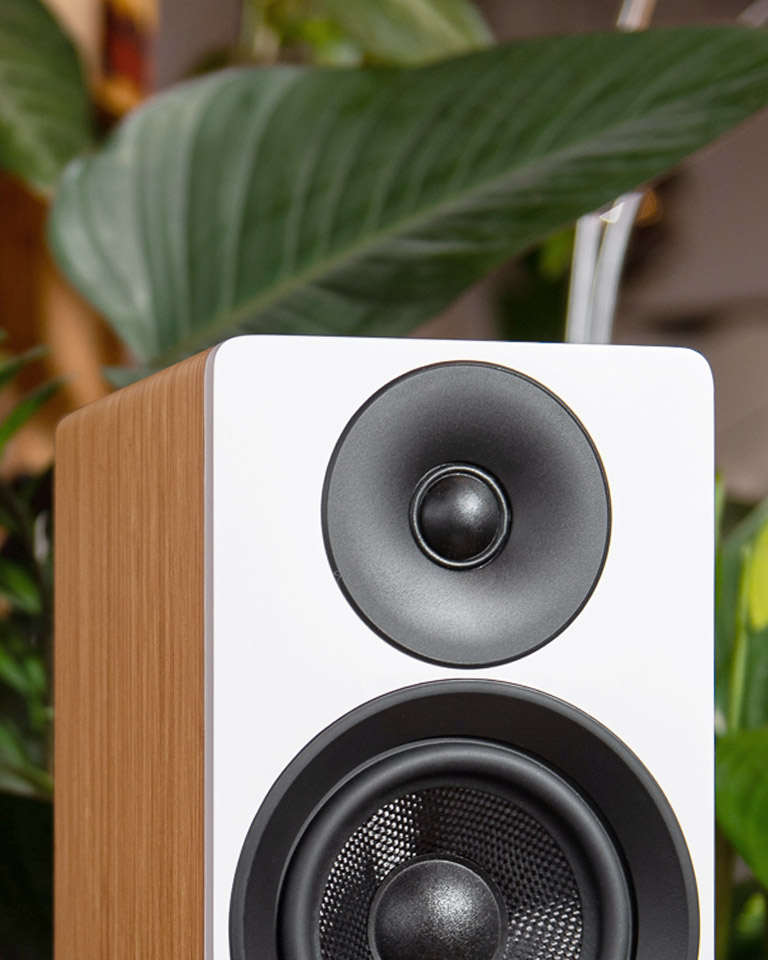 Ai41 Powered Bookshelf Speakers