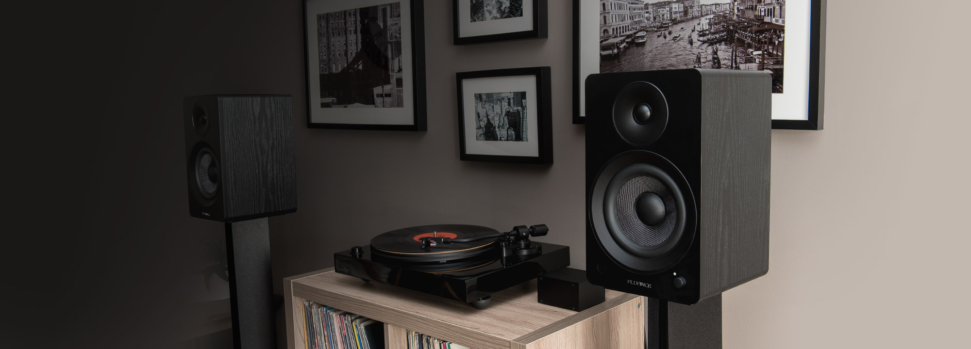 Ai61 Powered 6.5 Inch Bookshelf Speakers