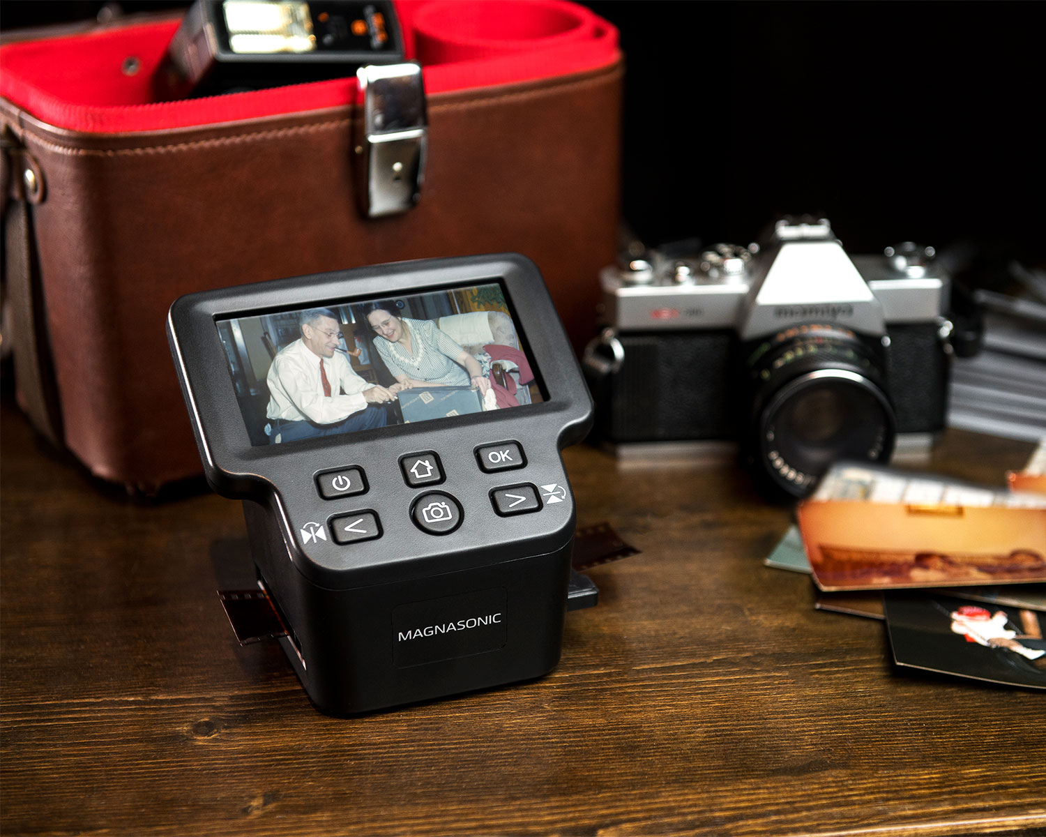 Magnasonic FS71 All-In-One 22MP Film Scanner with HDMI